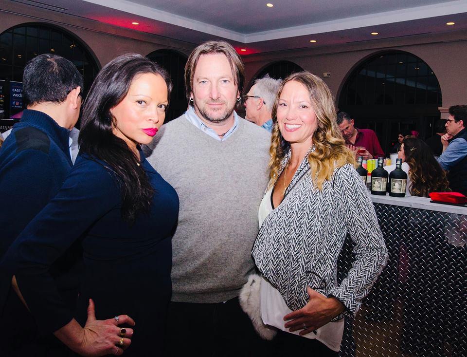 Guests Rolise Rachel, Artist Jeff Muhs & wift Beth McNeill of Beth McNeill Art Group photo by John Davenport
